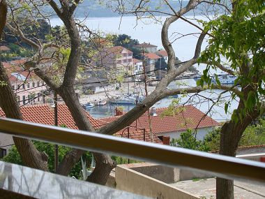 Apartmani Žana - Ground floor Apartments with sea view: A1(2+1), A2(4) Sali - Dugi otok