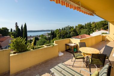 Apartmani Draga - 250 m from sea: A1(4+2) Rovinj - Istra