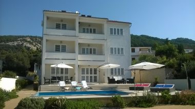 Apartmani Markle - swimming pool and sunbeds A1(2+2), A2(4+1), A3(2+2), A4(4+1), A5(2+2) Banjol - Otok Rab